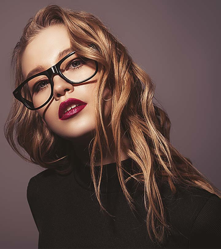 30 Stunning Hairstyles For Women Of All Ages Who Wear Glasses For Long Hairstyles With Glasses (View 6 of 25)