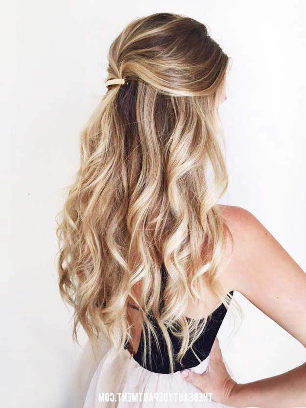 31 Amazing Half Up Half Down Hairstyles For Long Hair – The Goddess In Long Hairstyles Pulled Up (View 3 of 25)