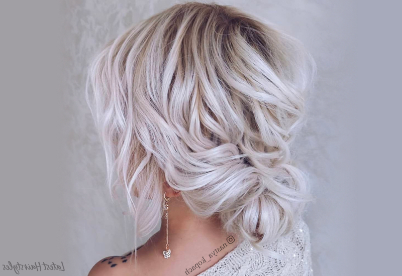 32 Cutest Prom Hairstyles For Medium Length Hair For 2019 Within Twisted Prom Hairstyles Over One Shoulder (View 22 of 25)