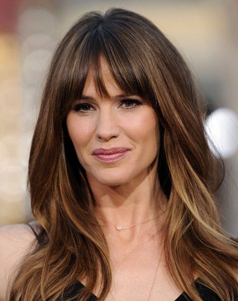 32 Glamorous Long Haircuts With Bangs For Women Pertaining To Long Hairstyles Bangs (View 16 of 25)
