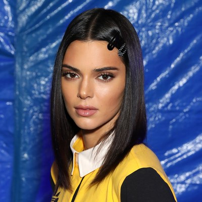 33 Quick, Easy Hairstyles To Try In 2019 | Allure Pertaining To Hair Clips For Thick Long Hairstyles (View 21 of 25)