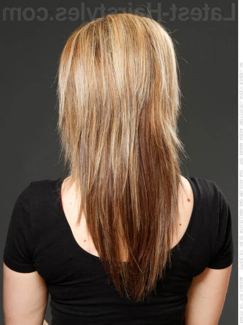 Featured Photo of Choppy Long Layered Hairstyles