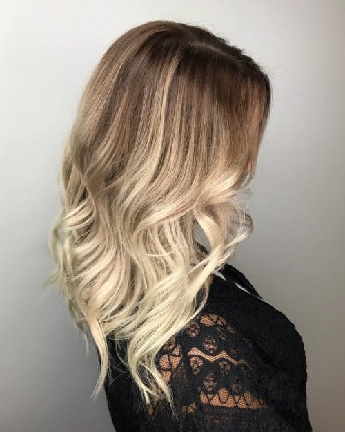 34 Cutest Long Layered Haircuts Trending In 2019 In Long Layered Brunette Hairstyles With Curled Ends (View 8 of 25)