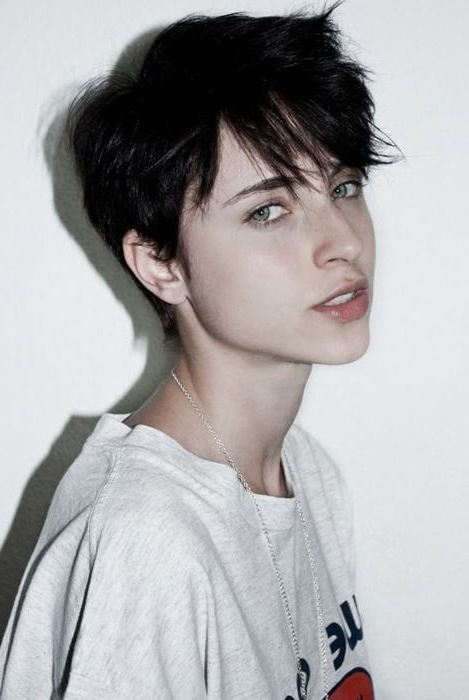 35 Androgynous Gay And Lesbian Haircuts With Modern Edge Pertaining To Long Queer Hairstyles (View 6 of 25)