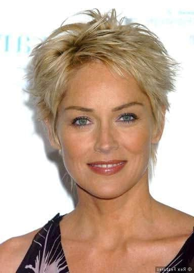 35 Greatest Short Hairstyles For Round Faces Over 50 With Regard To Long Hairstyles For Round Faces Over (View 8 of 25)