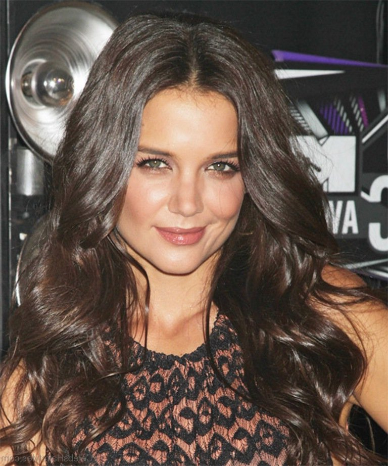 35 Nice Hairstyles Of Katie Holmes Intended For Katie Holmes Long Hairstyles (View 19 of 25)