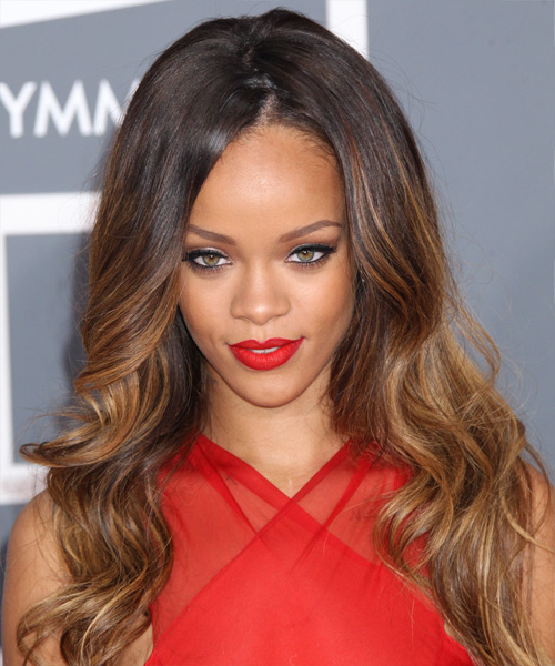 35 Rihanna Hairstyles, Hair Cuts And Colors In Rihanna Long Hairstyles (View 12 of 25)