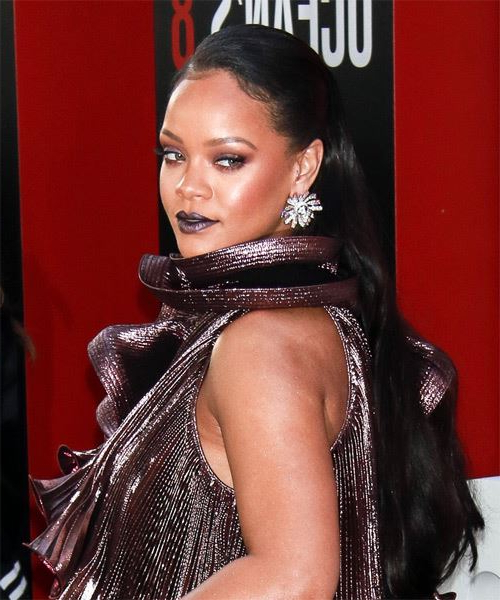 35 Rihanna Hairstyles, Hair Cuts And Colors Intended For Rihanna Long Hairstyles (View 5 of 25)