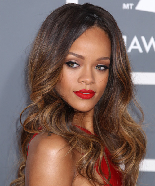 35 Rihanna Hairstyles, Hair Cuts And Colors Pertaining To Long Hairstyles Rihanna (View 15 of 25)