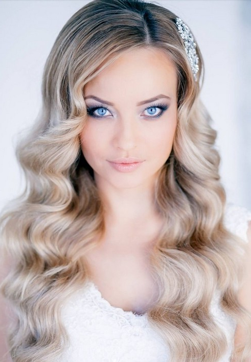 35 Wedding Hairstyles: Discover Next Year's Top Trends For Brides With Regard To Elegant Long Hairstyles For Weddings (View 23 of 25)