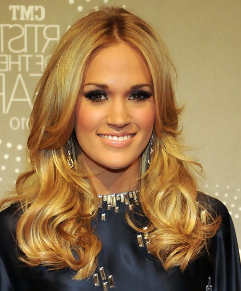 36 Carrie Underwood Hairstyles Carrie Underwood Hair Pictures Intended For Carrie Underwood Long Hairstyles (View 5 of 25)