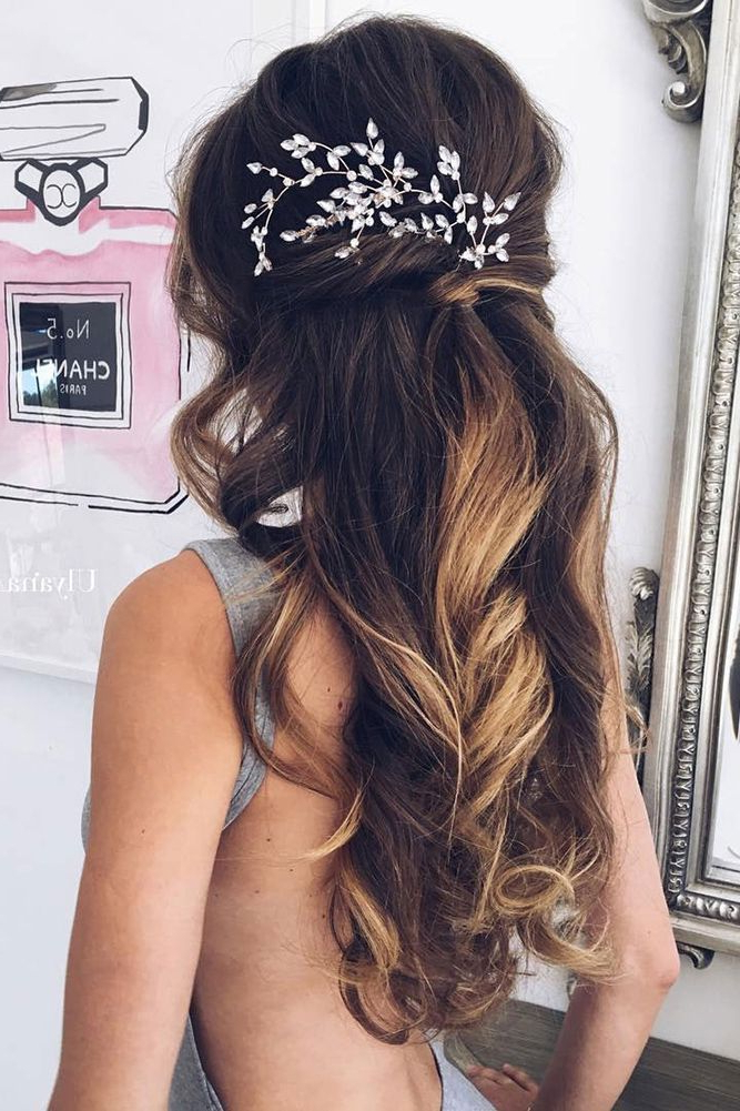 36 Chic And Easy Wedding Guest Hairstyles | Hair | Long Hair Wedding For Long Hairstyles Wedding Guest (View 8 of 25)