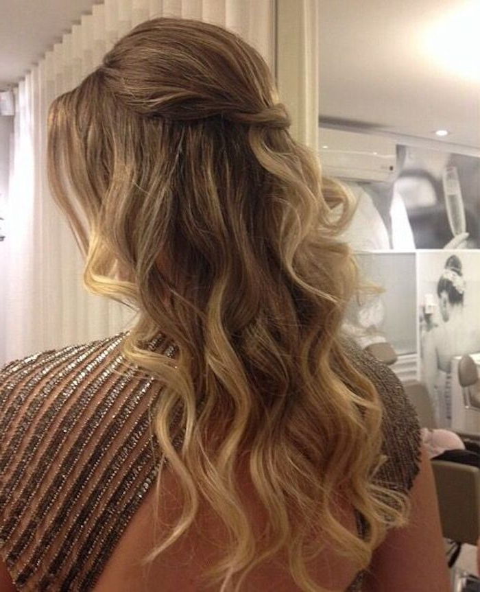 37 Beautiful Half Up Half Down Hairstyles For The Modern Bride For Long Hairstyles Half (View 19 of 25)