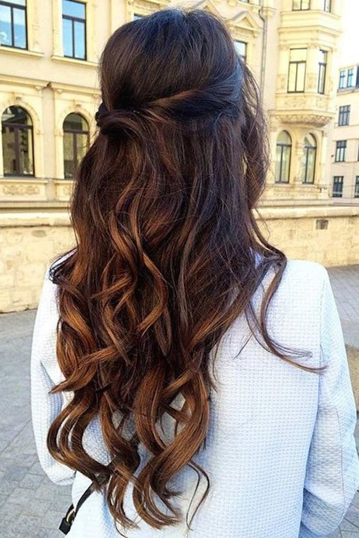 37 Beautiful Half Up Half Down Hairstyles For The Modern Bride With Regard To Long Hairstyles Half (View 11 of 25)