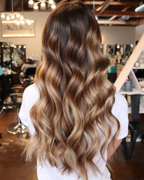 38 Top Blonde Highlights Of 2019 – Platinum, Ash, Dirty, Honey & Dark Inside Long Hairstyles Brown With Highlights (View 24 of 25)