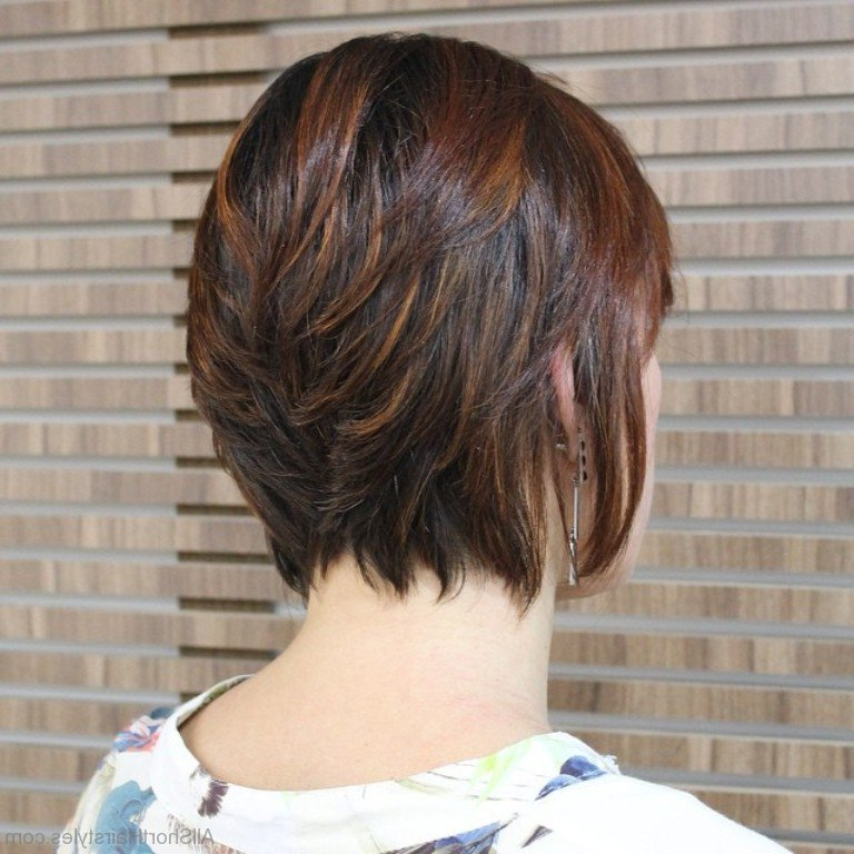 40 East Short Layered Hairstyles Inside Long Haircuts With Short Layers (View 25 of 25)