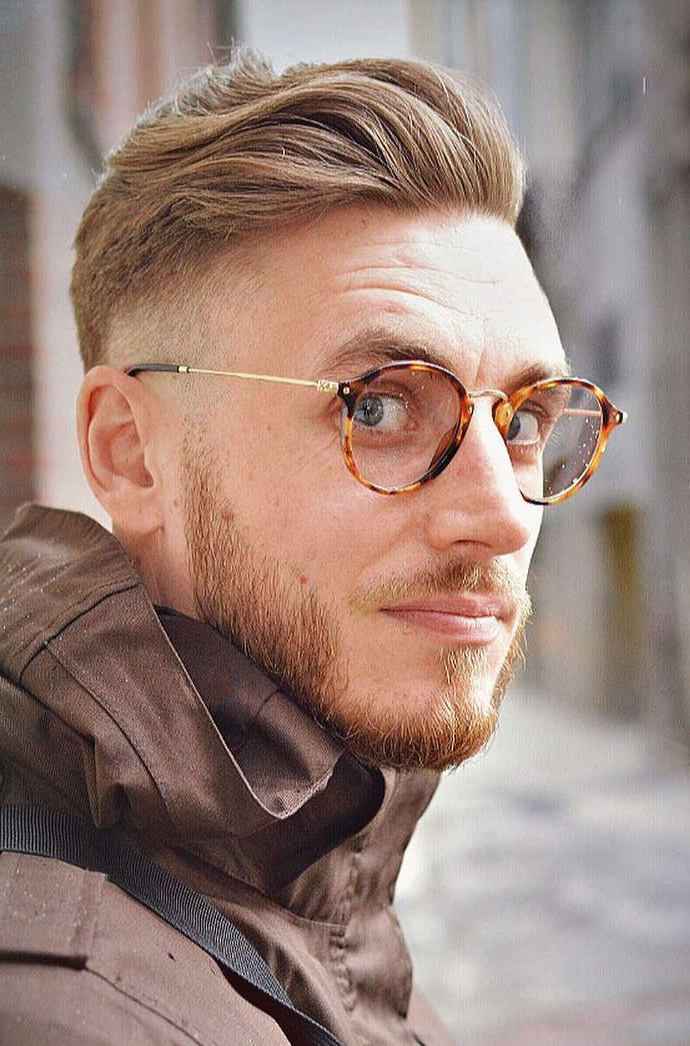 40 Favorite Haircuts For Men With Glasses: Find Your Perfect Style Regarding Long Hairstyles With Glasses (View 20 of 25)