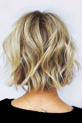 41 Versatile Medium Bob Haircuts To Try | Lovehairstyles Within Medium Long Layered Bob Hairstyles (View 16 of 25)