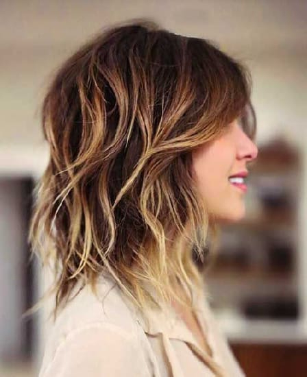 45 Flawless Medium Hairstyles For Women With Thin Hair [2019] Within Medium Long Haircuts For Thin Hair (View 5 of 25)