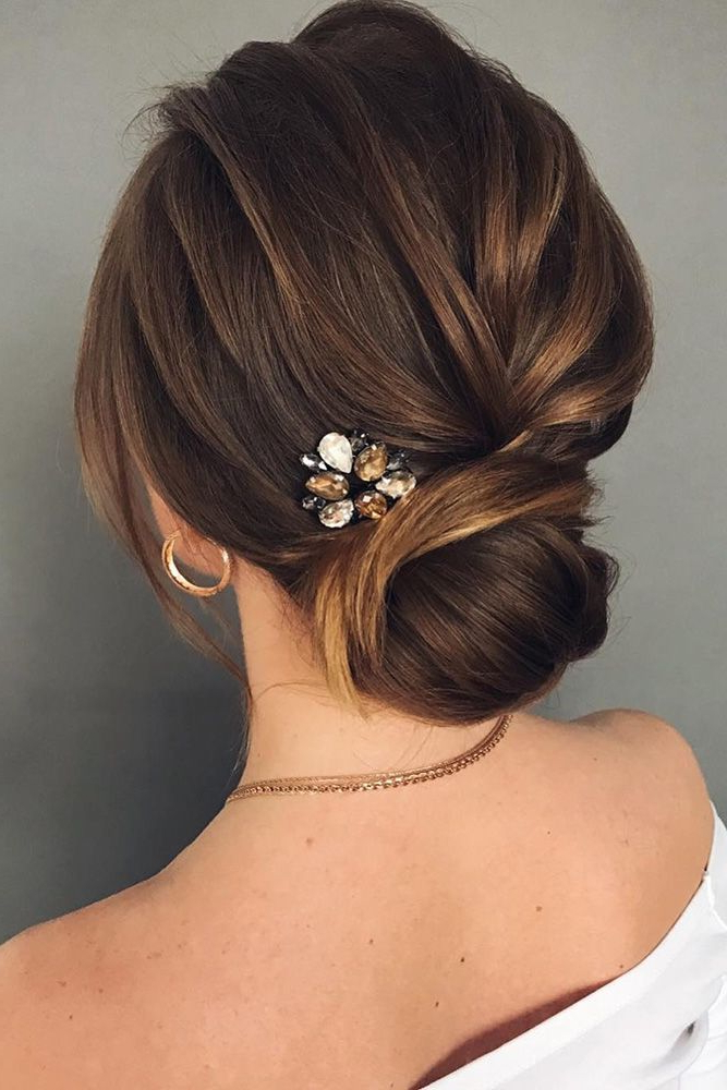 45 Short Wedding Hairstyle Ideas So Good You'd Want To Cut Hair Regarding Low Petal Like Bun Prom Hairstyles (View 19 of 25)