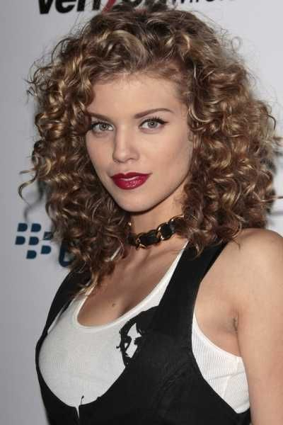 50 Amazing Permed Hairstyles For Women Who Love Curls Throughout Long Permed Hairstyles With Bangs (View 7 of 25)