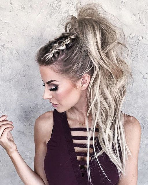 50 Beautiful Easy Updos For Trendy Long Haired Ladies Within Long Hairstyles For Night Out (View 10 of 25)