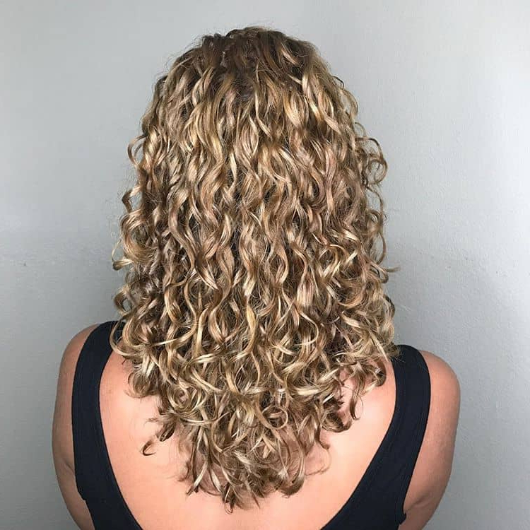 50 Brilliant Haircuts For Curly Hairstyle 2019 (Art, Design And Ideas) Inside Long Hairstyles With Layers And Curls (View 4 of 25)