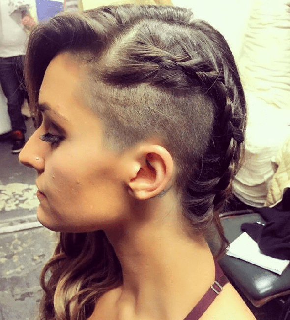 50 Brilliant Half Shaved Head Hairstyles For Young Girls [2019] Within Shaved Side Prom Hairstyles (View 11 of 25)