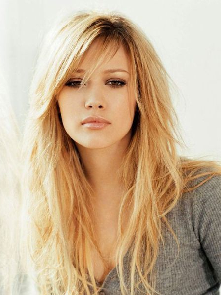50 Cute And Effortless Long Layered Haircuts With Bangs In 2019 Within Long Hairstyles Bangs (View 13 of 25)