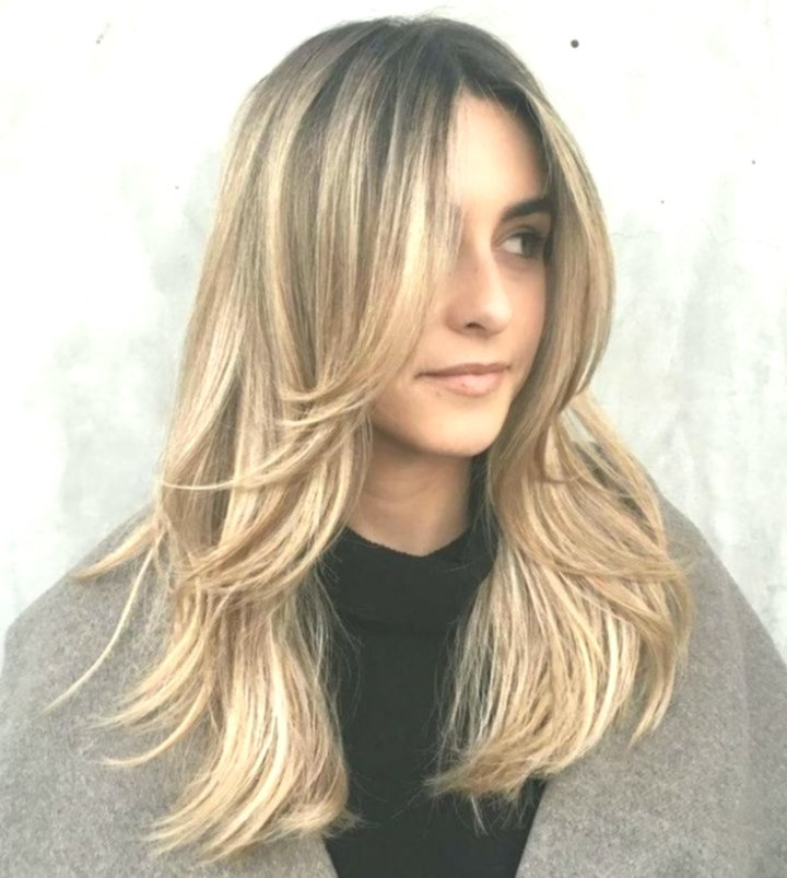 50 Cute And Effortless Long Layered Haircuts With Bangs With Regard To Effortlessly Layered Long Hairstyles (View 16 of 25)