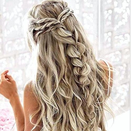 50 Delicate Bridesmaid Hairstyles | Hair Motive Hair Motive In Long Hairstyles Bridesmaid (View 16 of 25)