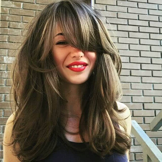 50 Fresh Hairstyle Ideas With Side Bangs To Shake Up Your Style In Long Hairstyles With Swoop Bangs (View 5 of 25)