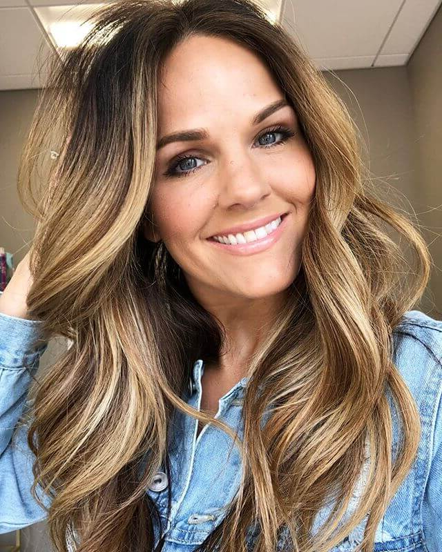 50 Gorgeous Light Brown Hairstyle Ideas To Rock A Hot New Look In 2019 Regarding Long Hairstyles Brown (View 8 of 25)