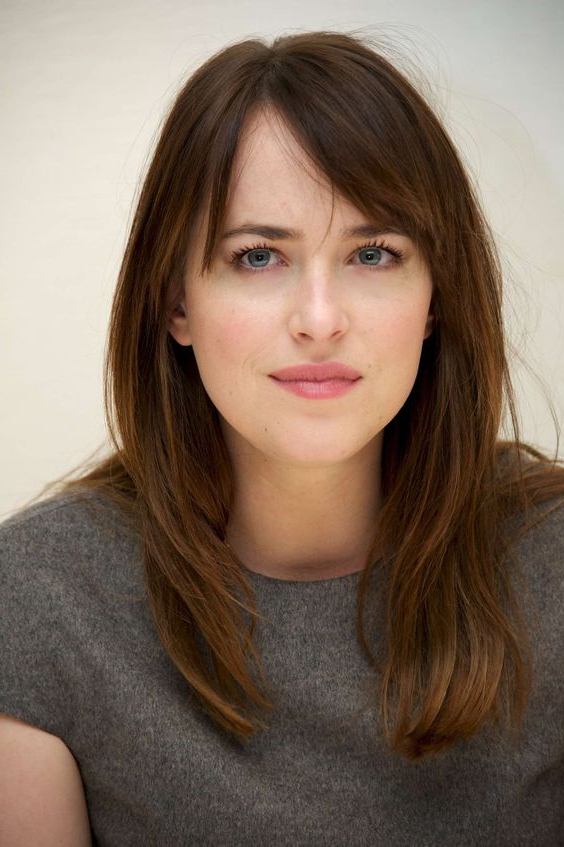50 Gorgeous Side Swept Bangs Hairstyles For Every Face Shape With Regard To Long Haircuts With Side Swept Bangs (View 20 of 25)