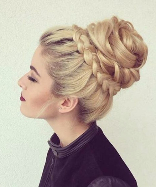 50 Inspirational Prom Updos – My New Hairstyles Within Messy High Bun Prom Updos (View 19 of 25)