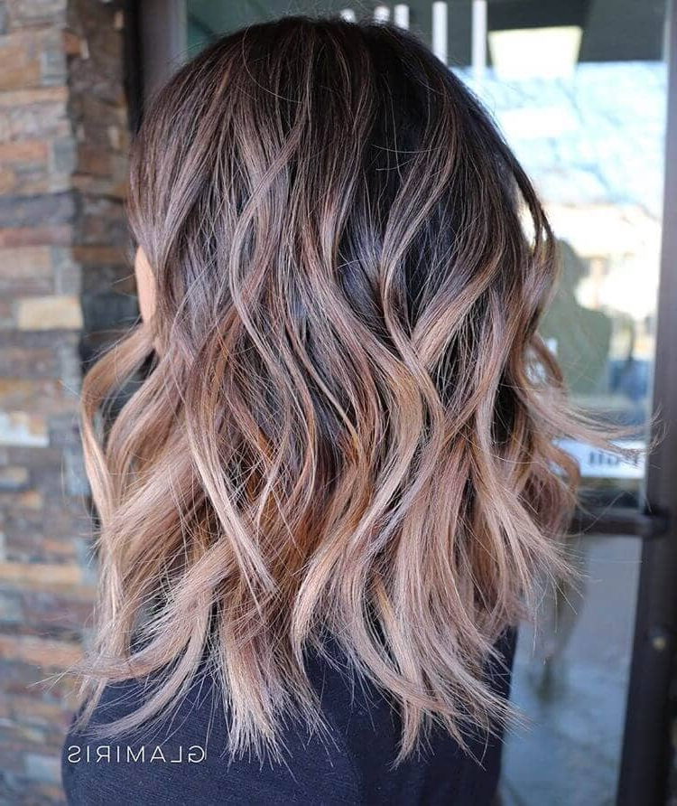 50 Pretty Chic Medium Lenght Hairstyles For 2019 With Regard To Long Length Hairstyles (View 23 of 25)