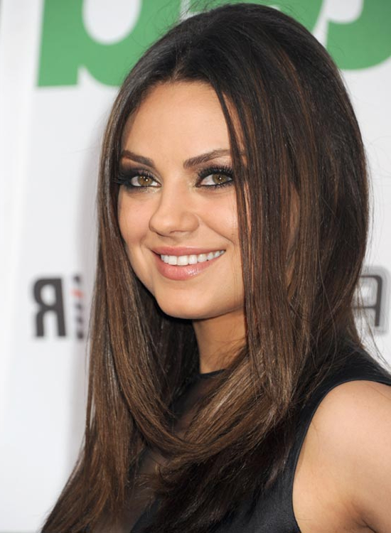 50 Red Carpet Hairstyles Intended For Long Hairstyles Parted In The Middle (View 21 of 25)