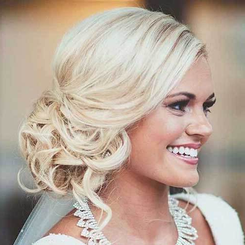 50 Wedding Hairstyles For Short Hair | Hair Motive Hair Motive Throughout Side Bun Prom Hairstyles With Soft Curls (View 14 of 25)