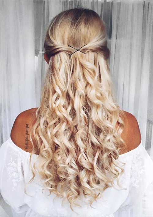 51 Chic Long Curly Hairstyles: How To Style Curly Hair – Glowsly Intended For Curled Long Hairstyles (View 9 of 25)