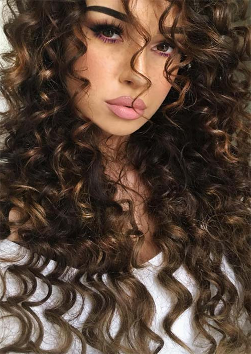 51 Chic Long Curly Hairstyles: How To Style Curly Hair – Glowsly Pertaining To Long Hairstyles For Curly Hair (View 9 of 25)