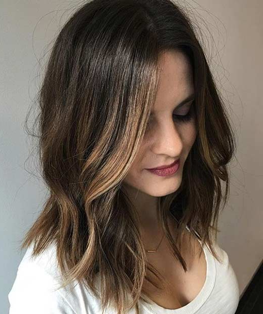 51 Cool And Trendy Medium Length Hairstyles | Stayglam Regarding Long Hairstyles With Low Maintenance (View 11 of 25)