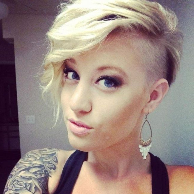 52 Of The Best Shaved Side Hairstyles With Shaved Side Prom Hairstyles (View 18 of 25)