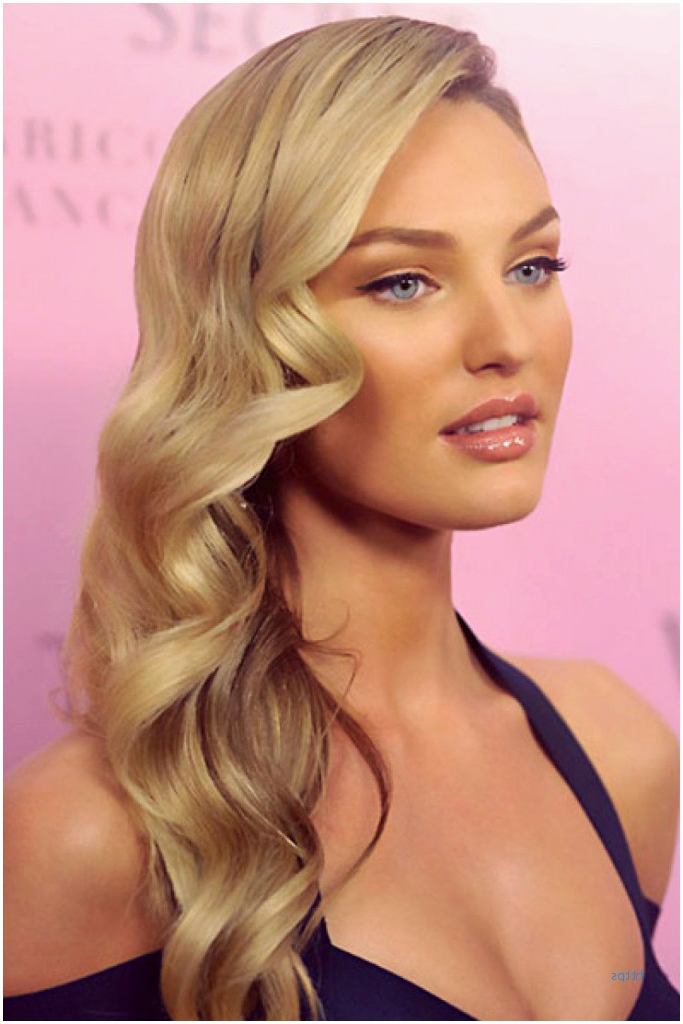 54 Beautiful Side Hairstyles For Prom Gallery | Short Hairstyles Idea Intended For Side Swept Brunette Waves Hairstyles For Prom (View 25 of 25)