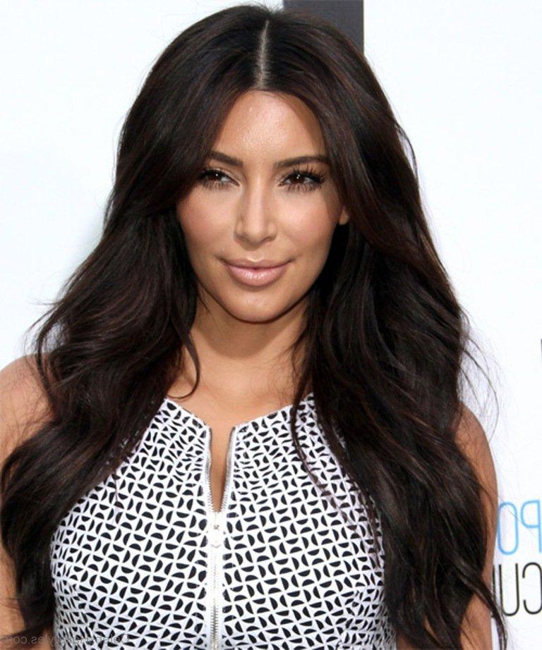 55 Elegant Hairstyles Of Kim Kardashian Within Long Layered Hairstyles Kim Kardashian (View 8 of 25)