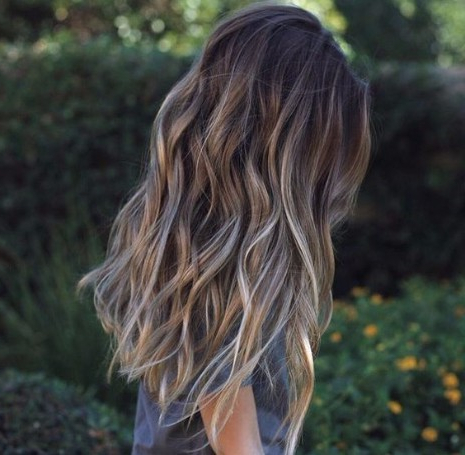 55 Lovely Long Hair Ladies With Layers – Hairstyles & Haircuts For With Long Hairstyles With Subtle Layers (View 16 of 25)