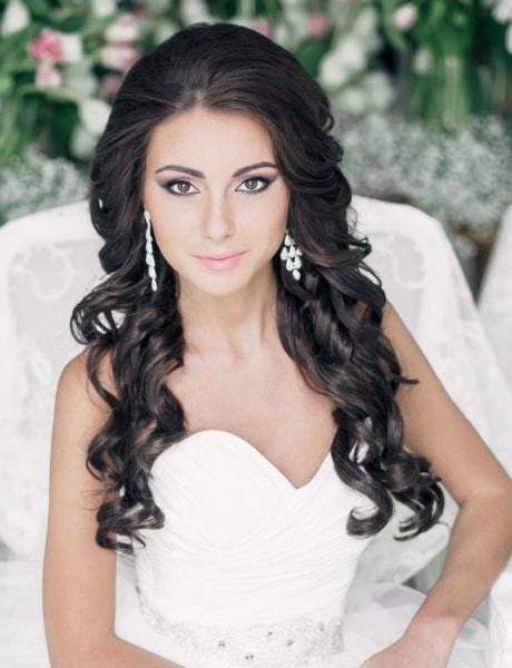 55 Ravishing Wedding Hairstyles For Long Hair – Hairstylecamp Pertaining To Brides Long Hairstyles (View 15 of 25)