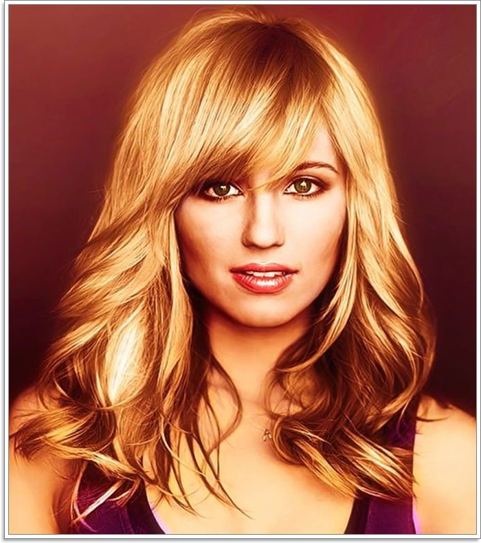 58 Gorgeous Side Swept Bangs That Will Knock Your Socks Off Pertaining To Long Hair With Layers And Side Swept Bangs (View 20 of 25)