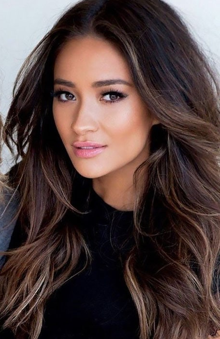 60 Best Brown Hair With Highlights Ideas – The Trend Spotter Throughout Long Hairstyles Dark Brown (View 13 of 25)