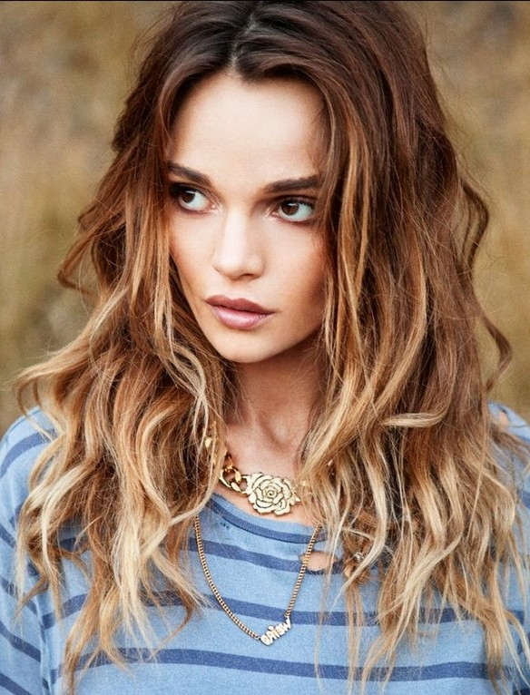 60 Best Hairstyles For 2019 – Trendy Hair Cuts For Women Throughout Long Hairstyles Women (View 16 of 25)