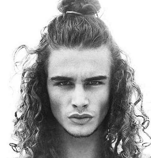 60 Best Long Curly Hairstyle Ideas – Trend In 2019 – Cool Men's Hair With Men Long Curly Hairstyles (View 18 of 25)